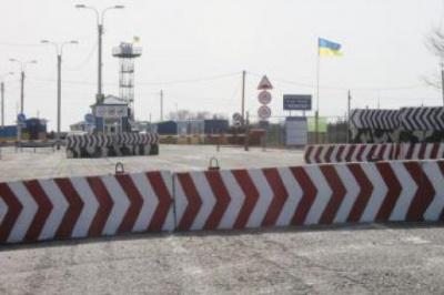 Росія почала будувати загородження на межі між Кримом та Херсонщиною
