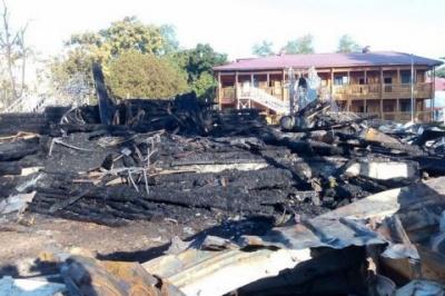 """Рятувальники назвали причину пожежі в одеському дитячому таборі """"Вікторія"""""""