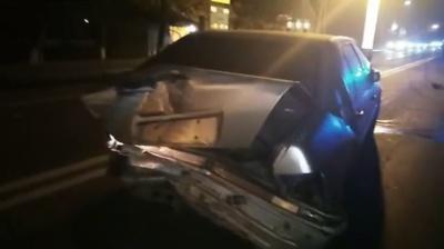 На трасі поблизу Чернівців у ДТП загинула людина (ВІДЕО)