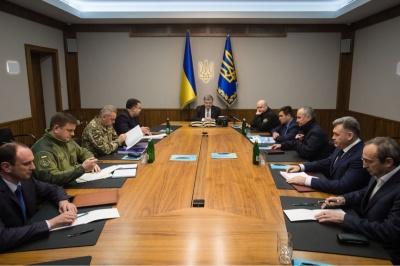 Президент провів екстрене засідання Воєнного кабінету РНБО