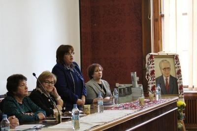 У Чернівцях презентували збірник спогадів про письменника Михайла Івасюка