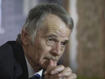 Джемілєв: До окупованого Криму завезли 300 тисяч росіян
