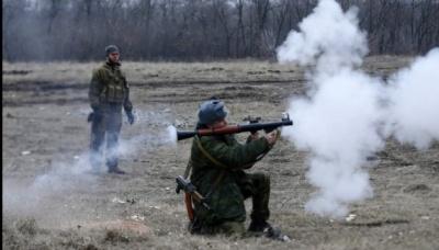 На Донбасі - запеклі бої: п'ять українських бійців загинули