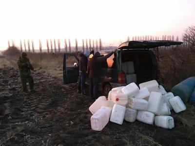 На Буковині джип з простреленими колесами втікав від прикордонників