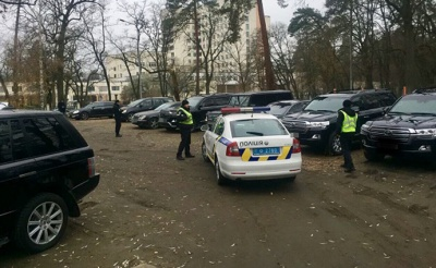 """Під Києвом поліція зірвала зустріч """"кримінальних авторитетів"""""""