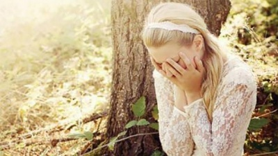 На Київщині молода дівчина стала вдовою в день весілля: деталі трагедії