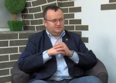 «І ці люди стукають кулаками по столах»: мер Чернівців нагадав, що четверо депутатів міськради мають проблеми із законом