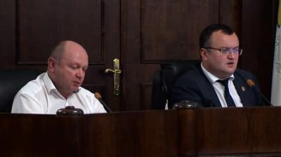 Чернівецька міськрада оголосила перерву в роботі сесії до 7 грудня