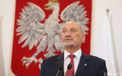 Міністр оборони Польщі: Смоленська катастрофа не була випадковістю