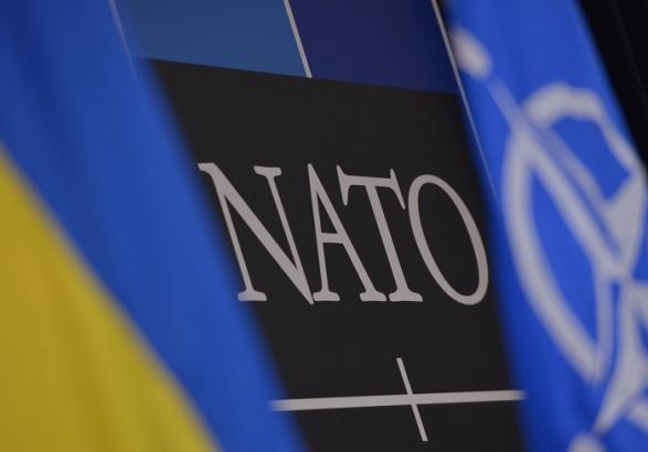 Порошенко впевнений вуспіху референдумів про вступ України вНАТО і ЄС
