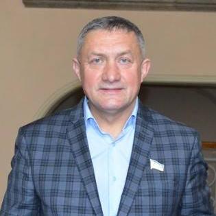 У Чернівецькій облраді почубились два депутати