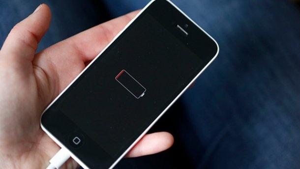 Apple попросила пробачення вкористувачів зауповільнення роботи старих iPhone
