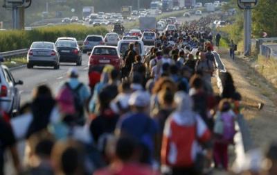 Німеччина платитиме великі підйомні біженцям, які повернуться додому