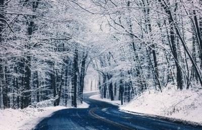 У Західній Україні випало до 20 сантиметрів снігу