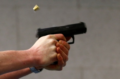 У Миколаєві зловмисники пограбували ювелірний магазин та втекли від 5 патрульних машин
