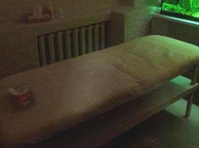 У Рівному викрили бордель, який працював під виглядом масажного салону