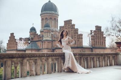 Чернівчанка Ліна Ільницька вирушила підкорювати міжнародний конкурс краси