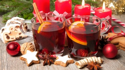 Чи мають оздоровчий ефект гарячі напої з алкоголем під час застуди