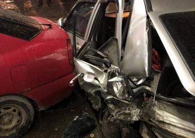 У Чернівцях у ДТП постраждали кілька авто, між водіями зав'язалась сутичка, - свідки