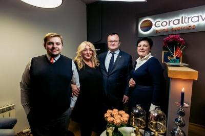 """Відпочинок преміум класу: У Чернівцях відкрився офіс мережі турагентств """"Coral Elite Service"""" (на правах реклами)"""