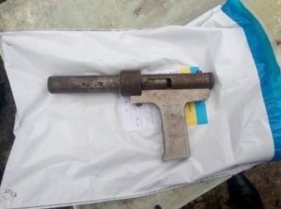 На Дніпропетровщині хлопчик застрелив свою дворічну сестру