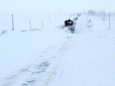 Північ України замело снігом – із заметів врятовано майже 600 людей
