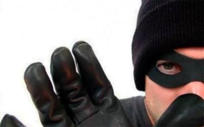 Поліція затримала 31-річного чернівчанина, якого підозрюють у серійних крадіжках