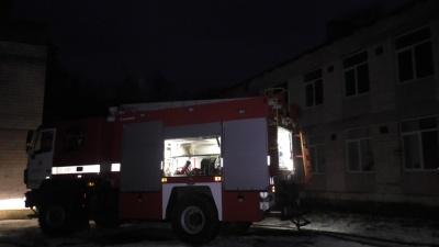 Рятувальники оприлюднили подробиці гасіння пожежі у чернівецькій школі (ФОТО)