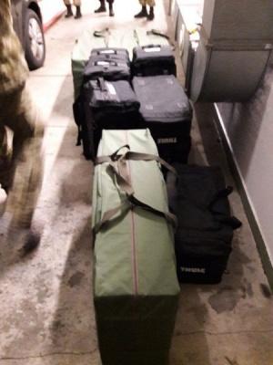 Чоловік з грузинським диппаспортом намагався провезти через український кордон 45 ящиків цигарок