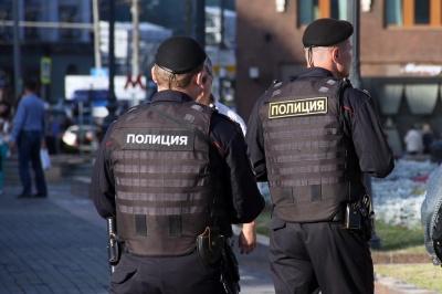 У Харківській області чоловік обстріляв поліцейський автомобіль і застрелився