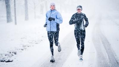 Як бігати взимку і не мерзнути: корисні поради