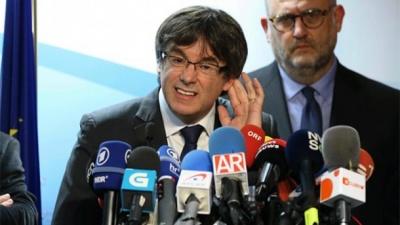 Пучдемон просить дозвіл Іспанії повернутись у Каталонію