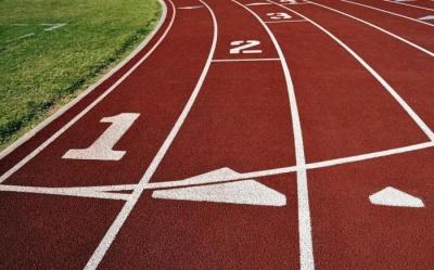 Буковинські легкоатлети змагалися у чемпіонаті до Дня Святого Миколая