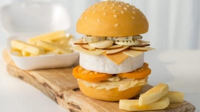 Мрія сироманів: в Британії продавали незвичні чізбургери