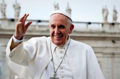 Папа Франциск у різдвяному посланні попросив миру для України