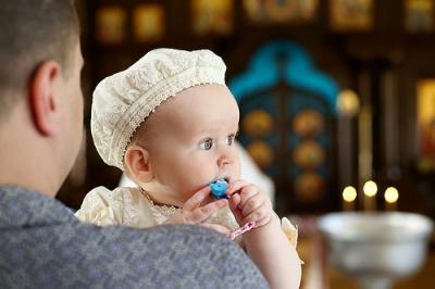 Митрополит Онуфрій особисто хреститиме п'ятого новонародженого в сім'ях священиків УПЦ