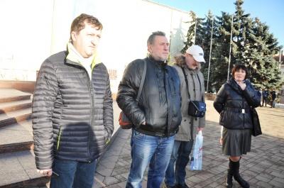 У Чернівцях група журналістів долучилась до акції з вимогою ув'язнення учасника нападу на журналіста Веремія