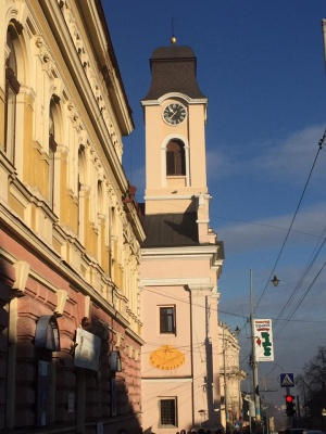 На костелі в Чернівцях відновили сонячний годинник (ФОТО)
