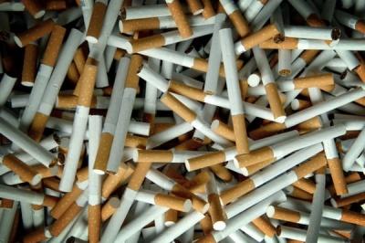У Чернівецькій області суд оштрафував чоловіка за незаконне придбання контрафактних цигарок