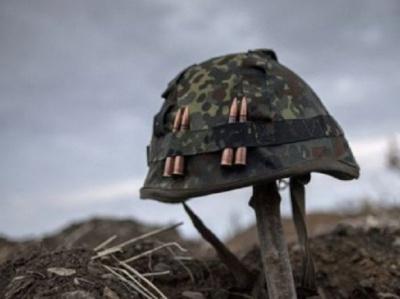 Обстріли на Донбасі тривають: знову загинув український боєць