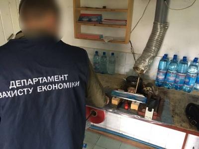 На Буковині суд оштрафував підприємця за незаконний видобуток і продаж мінеральної води