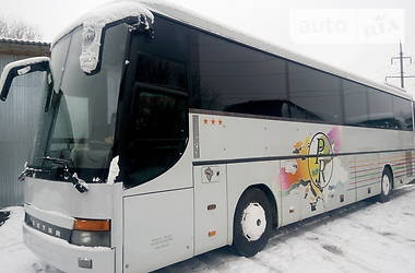 Сніг у Чернівцях не вплинув на рух автобусів