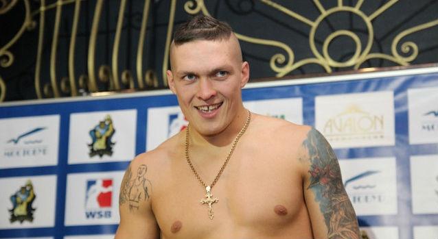 Олександр Усик записав пісню після комічного випадку назважуванні (ВІДЕО)