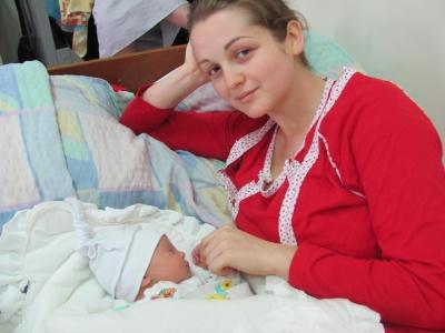 У Чернівцях першими у новому році народилися дівчатка (ФОТО)