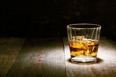 З чим категорично не можна поєднувати алкоголь - поради