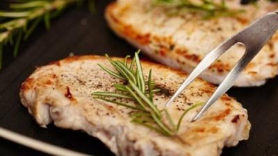 Дієтолог пояснила, чому шкідливо смажити продукти