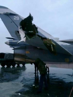 У мережу виклали фото пошкоджених російських літаків на авіабазі у Сирії
