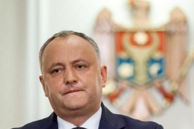 У Молдові конституційний суд знову відсторонив від посади Додона