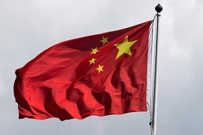 Китай почав видавати спецвізи для фахівців
