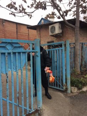 У Запоріжжі під храмом УПЦ МП побили людей під час акції #принесиляльку